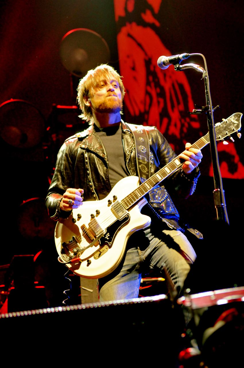 The Black Keys - Wells Fargo Center - Philadelphia, PA - March 10, 2012 - photo by Jim Rinaldi � 2012