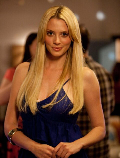 April Bowlby as Stacy in 'Drop Dead Diva.'