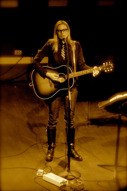 Aimee Mann - World Caf� Live - Philadelphia, PA - January 26, 2012 - photo by Jim Rinaldi � 2012