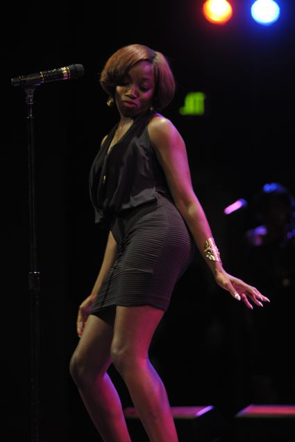 Estelle - World Caf� Live - Philadelphia, PA - August 6, 2012 - photo by Jim Rinaldi � 2012