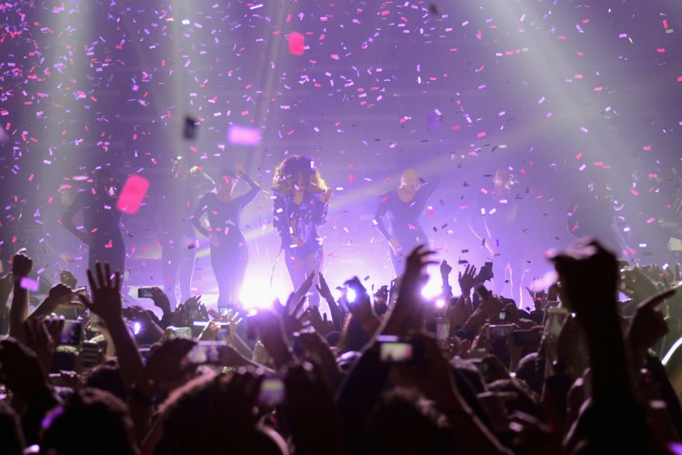 Lady Gaga - Roseland Ballroom - New York, NY - March 31, 2014 - photo courtesy of 42West � 2014
