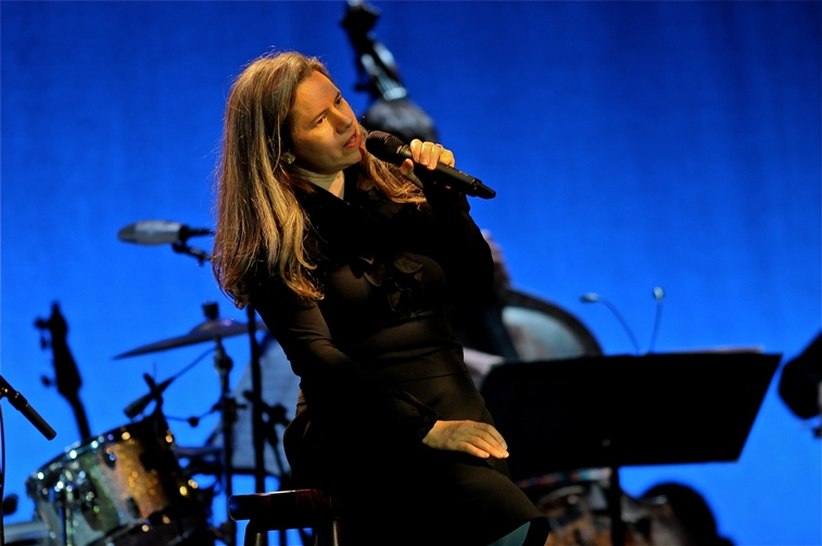 Natalie Merchant � Keswick Theater � Glenside, PA � July 11, 2014 - photo by Jim Rinaldi � 2014