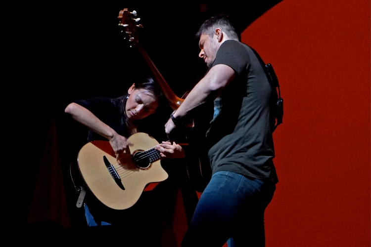Rodrigo y Gabriela - Beacon Theater - New York, NY - May 2, 2014 - photo by Jim Rinaldi � 2014