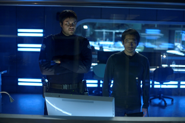 "HELIX -- ""Vector"" Episode 102 -- Pictured: (l-r) Meegwun Fairbrother as Daniel Aerov, Hiroyuki Sanada as Dr. Hiroshi Hataki -- (Photo by: Philippe Bosse/Syfy)"
