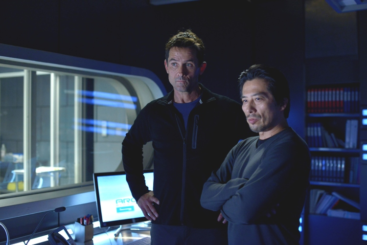 "HELIX -- ""Vector"" Episode 102 -- Pictured: (l-r) Billy Campbell as Dr. Alan Farragut, Hiroyuki Sanada as Dr. Hiroshi Hataki -- (Photo by: Philippe Bosse/Syfy)"