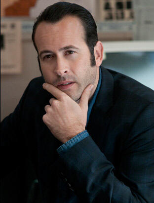 Jason Lee stars in 'Memphis Beat.'