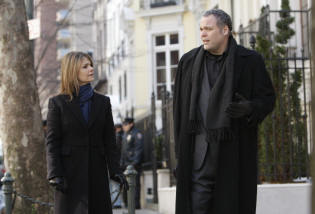 "LAW & ORDER: CRIMINAL INTENT -- ""Playing Dead"" Episode 8009 -- Pictured: (l-r) Kathryn Erbe as Detective Alexandra Eames, Vincent D'onofrio as Detective Robert Goren -- USA Network Photo: Will Hart."