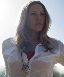 Mary McCormack in the series 'In Plain Sight.'