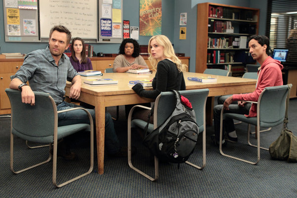 "COMMUNITY -- ""Advanced Gay"" Episode 306 -- Pictured: (l-r) Joel McHale as Jeff, Alison Brie as Annie, Yvette Nicole Brown as Shirley, Gillian Jacobs as Britta, Danny Pudi as Abed -- Photo by: Justin Lubin/NBC"