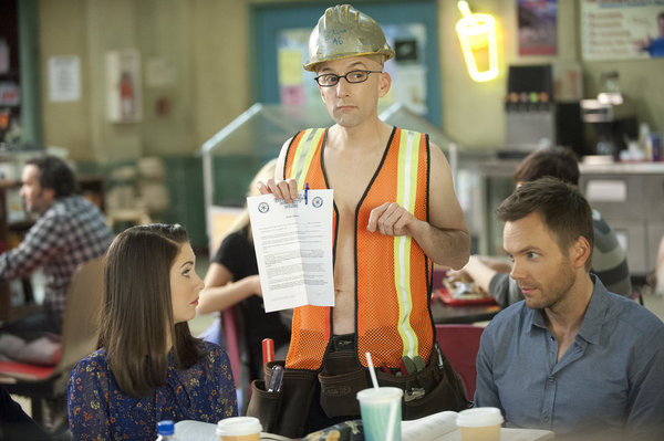 "COMMUNITY -- ""Introduction to Finality"" Episode 321 -- Pictured: (l-r) Alison Brie as Annie, Jim Rash as Dean Pelton, Joel McHale as Jeff -- (Photo by: Lewis Jacobs/NBC)"