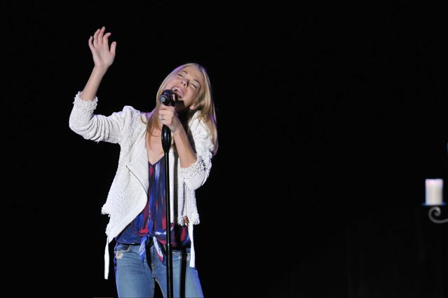 Leann Rimes - Keswick Theater - Glenside, PA - May 18, 2012 - photo by Jim Rinaldi � 2012