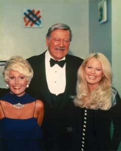 Rona Barrett with John Wayne and Sally Struthers
