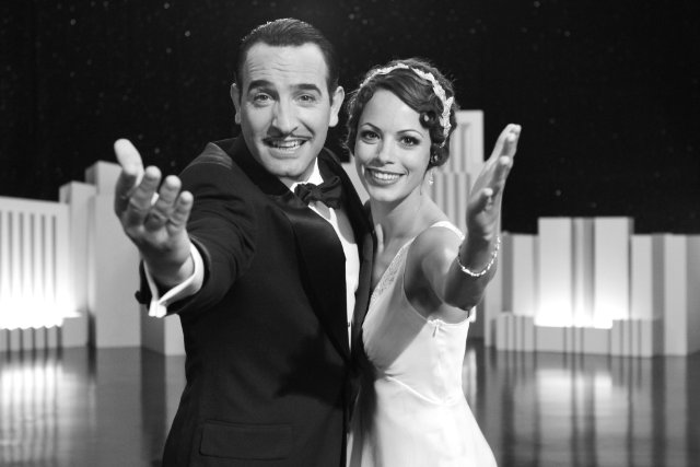 Jean Dujardin and Bérénice Bejo star in THE ARTIST.